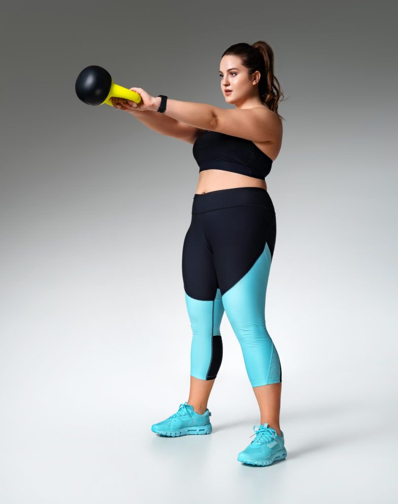 fitnessbet-woman-weightlift